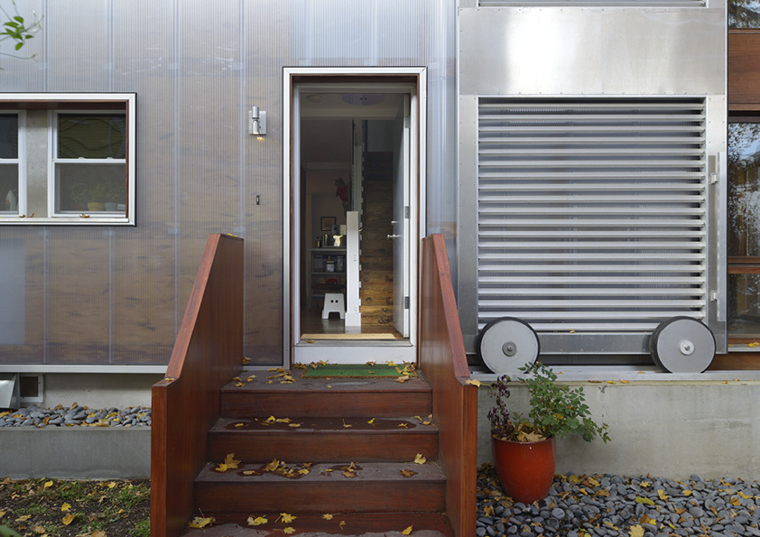 DAR_Architettura -Urban-House-with-Big-Window_8
