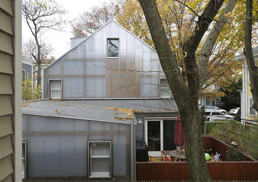 DAR_Architettura -Urban-House-with-Big-Window_9